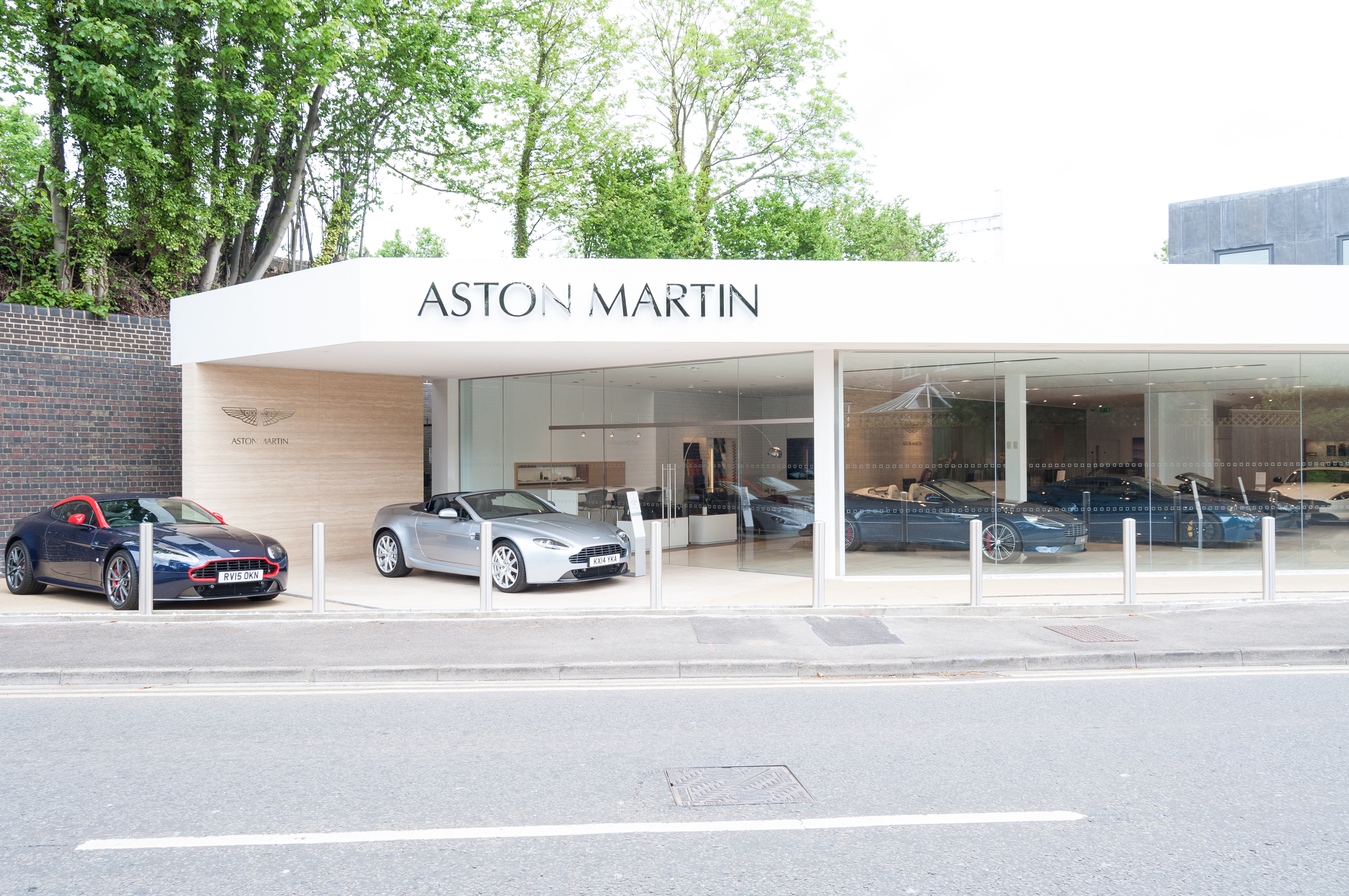About Us Aston Martin Reading Official Aston Martin Dealer - Nearest aston martin dealership