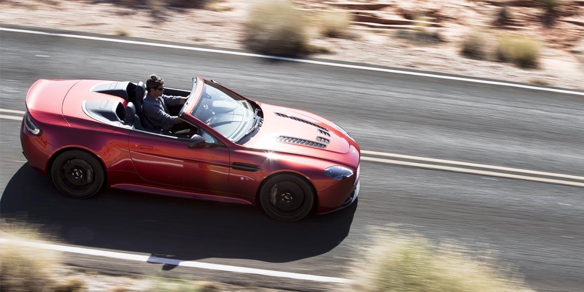 V12 Vantage S Roadster - 3
