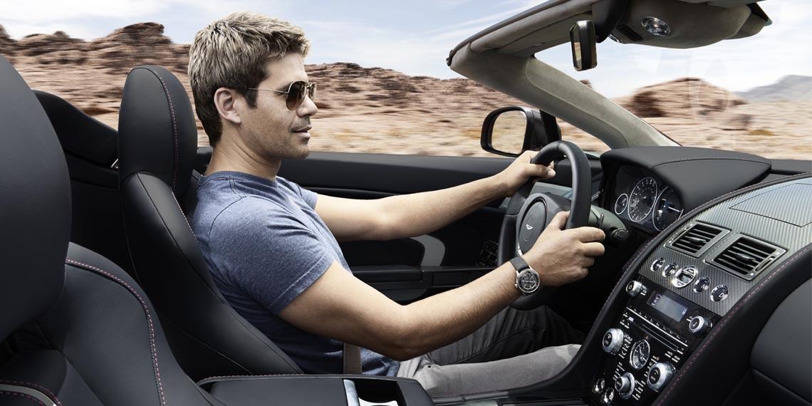 v12-vantage-s-roadster---9