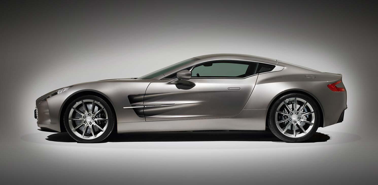 Quel serait le véhicule de vos rêves ? Rga_astonmartin_cars_beauty_one-77_01