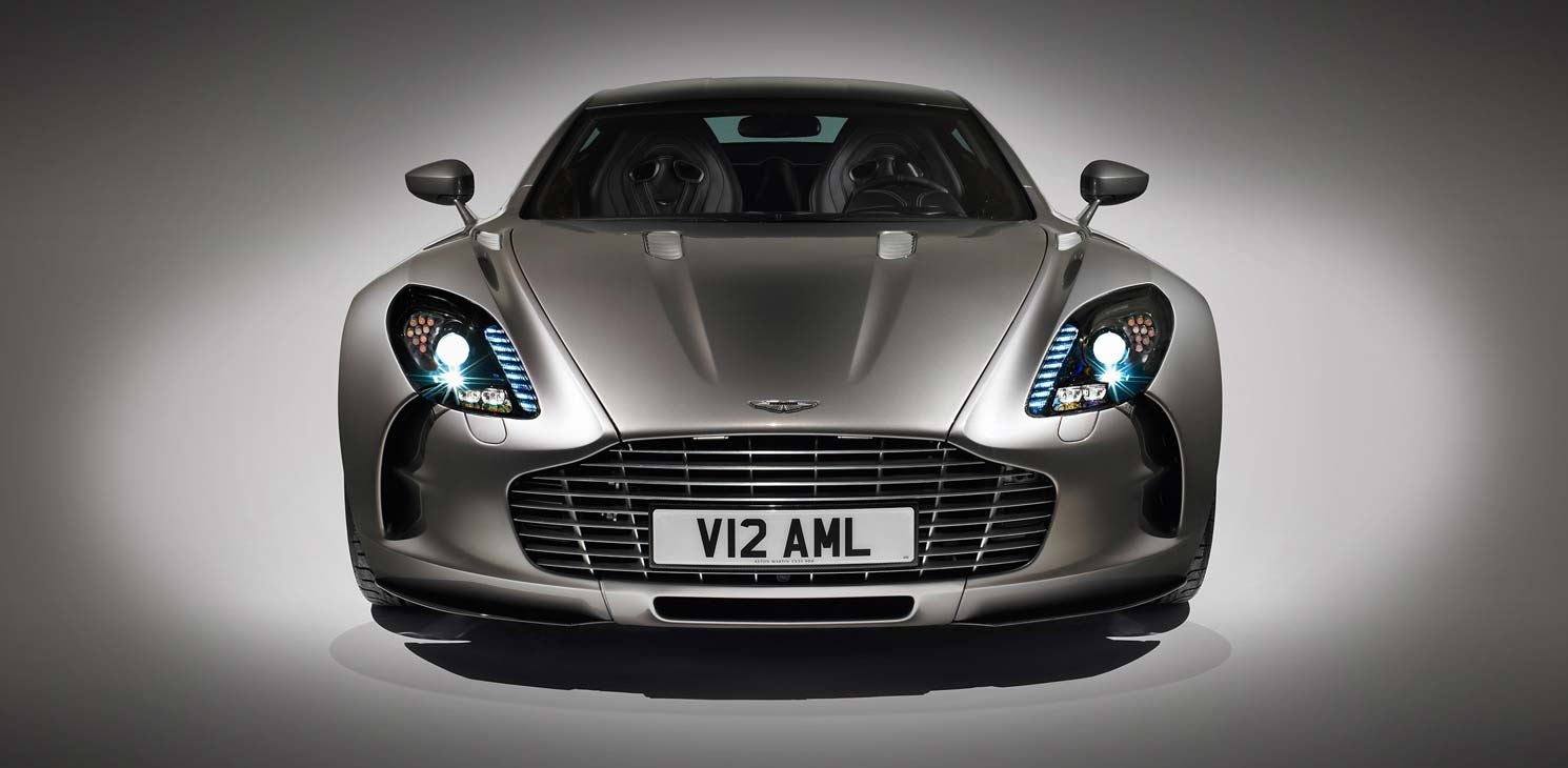 Quel serait le véhicule de vos rêves ? Rga_astonmartin_cars_beauty_one-77_02