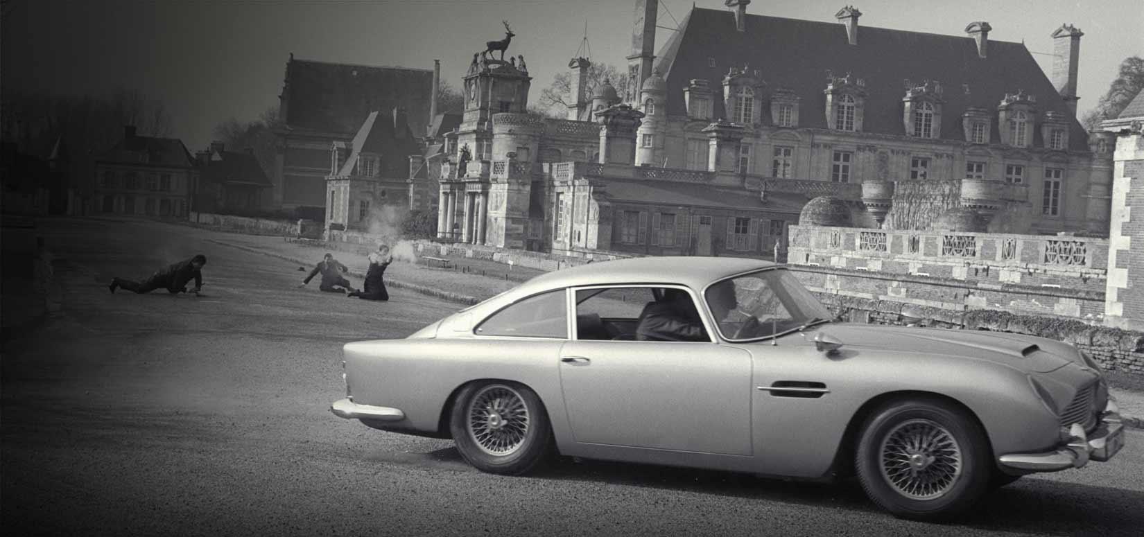 Aston Martin Heritage James Bond 007