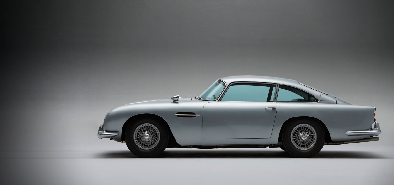 Aston Martin Heritage James Bond 007