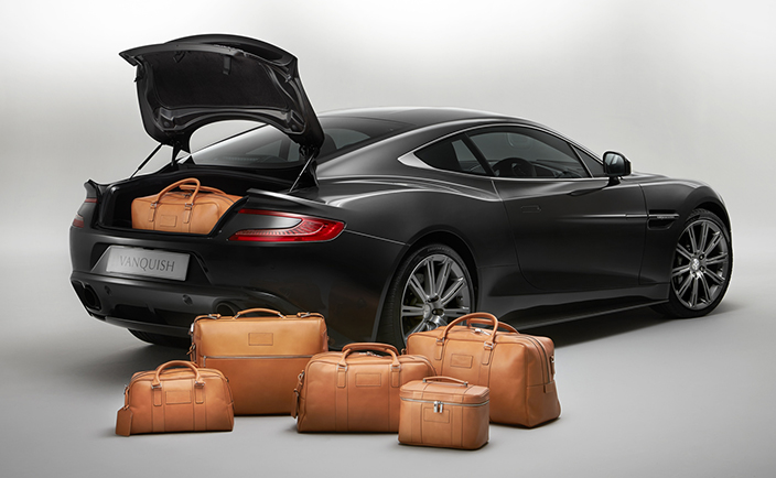 Six Piece Luggage Set Tan Saddle Leather